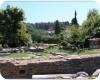 Pozůstatky antických památek ve městě Limenas